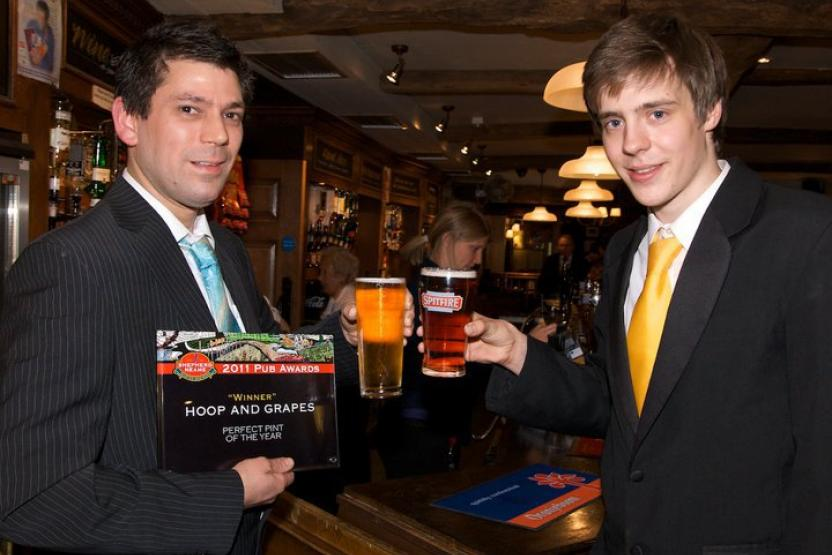Hoop & Grapes wins the Shepherd Neame 'Perfect Pint' award!